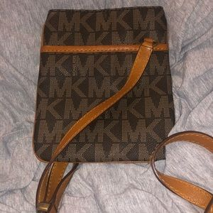 Michael Kors Crossbody Bag Leather